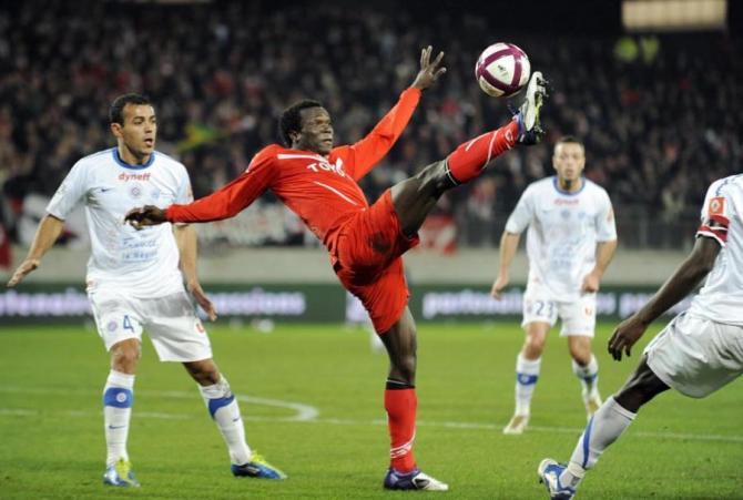 Soi kèo Lorient vs Paris