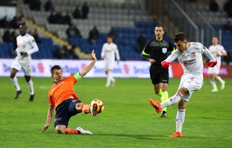 Soi kèo Istanbul Basaksehir vs Rizespor