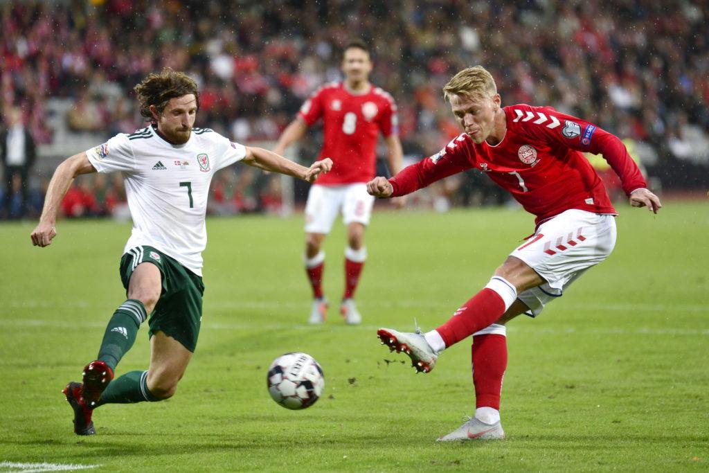 Soi kèo Ireland vs Đan Mạch