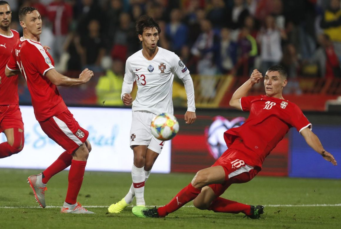 Soi kèo Serbia vs Luxembourg