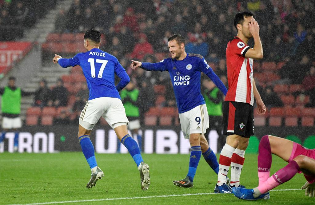 Soi kèo Leicester vs Watford