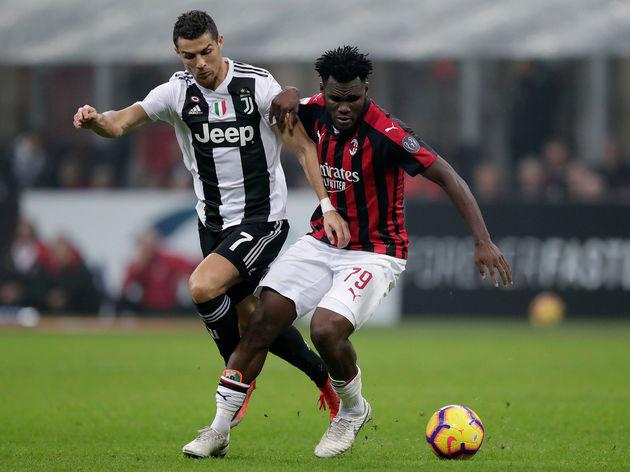 Soi kèo Milan vs Sassuolo