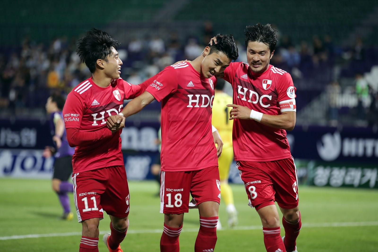 soi-keo-pohang-vs-busan-vao-12h-ngay-10-5-2020-2