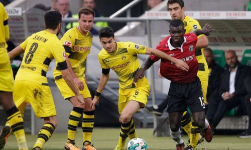 Soi kèo Hannover vs Dortmund 1h30 ngày 1/9 – Bundesliga 2018