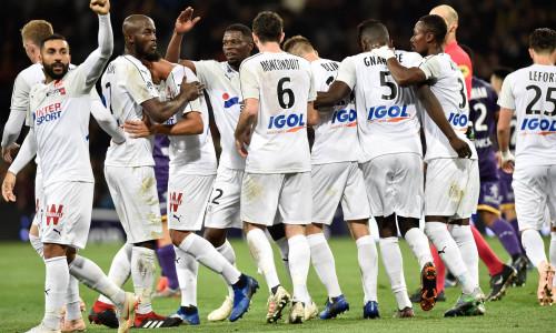Kèo nhà cái Amiens vs Angers – Soi kèo bóng đá 01h00 ngày 09/01/2019