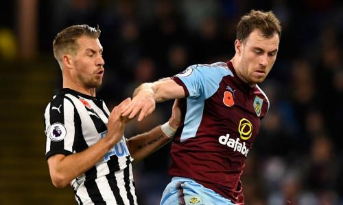 Kèo nhà cái Newcastle vs Burnley – Soi kèo bóng đá 03h00 ngày 27/2/2019