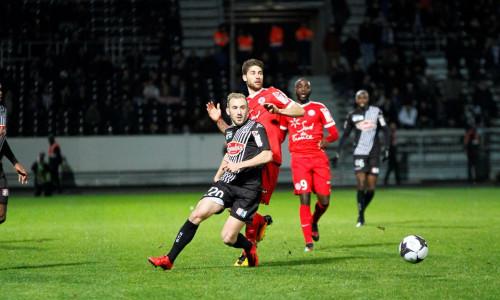 Kèo nhà cái Lyon vs Angers – Soi kèo bóng đá 01h45 ngày 20/4/2019