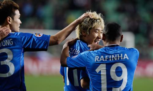 Kèo nhà cái Pohang Steelers vs Suwon Bluewing – Soi kèo bóng đá 17h30 ngày 26/4/2019