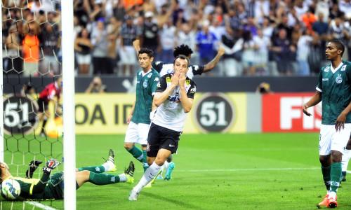 Soi kèo Goias vs Corinthians 07h30 ngày 17/10 – Kèo nhà cái bóng đá