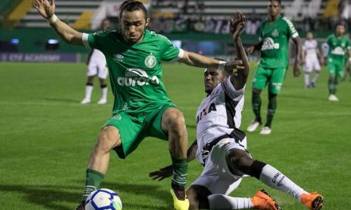 Soi kèo Chapecoense vs Ceara 04h00 ngày 18/11 – Kèo nhà cái bóng đá