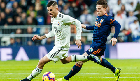 Soi kèo Real Madrid vs Sevilla 22h00 ngày 18/1 – Kèo nhà cái bóng đá