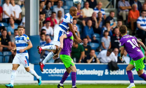 Soi kèo Huddersfield vs Bristol 02h45 ngày 26/2 – kèo nhà cái bóng đá