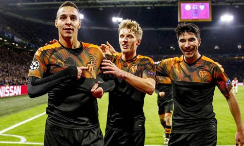 Soi kèo Valencia vs Real Betis lúc 22h ngày 29/2/2020