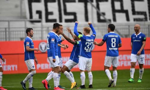 Soi kèo Erzgebirge Aue vs Darmstadt 98 vào 23h30 ngày 26/5/2020