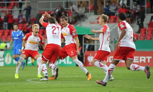 Soi kèo Regensburg vs FC Nurnberg vào 23h30 ngày 26/5/2020