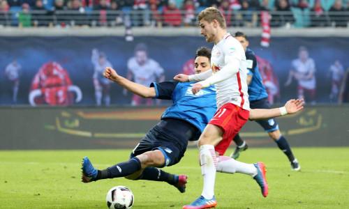 Soi kèo Augsburg vs Hoffenheim vào 1h30 ngày 18/6/2020