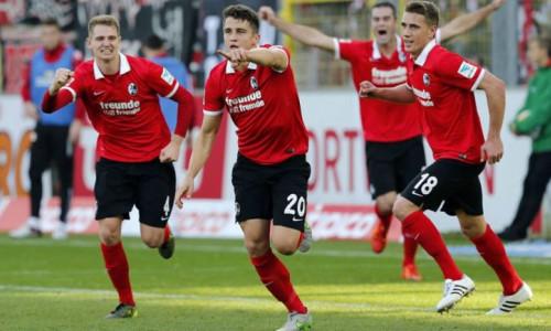 Soi kèo Freiburg vs B. Monchengladbach vào 1h30 ngày 6/6/2020