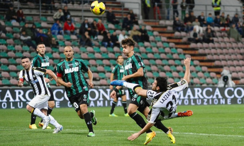 Soi kèo Sassuolo vs Udinese vào 1h45 ngày 3/8/2020