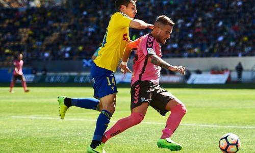 Soi kèo Cadiz CF vs Osasuna vào 2h ngày 13/9/2020