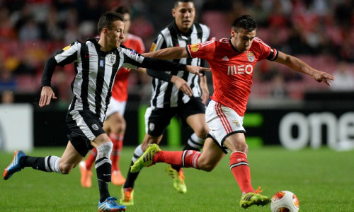 Soi kèo PAOK vs Benfica vào 1h ngày 16/9/2020