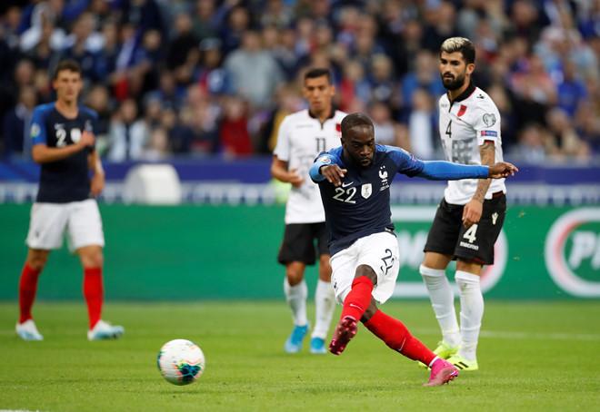 Soi kèo Albania vs Pháp