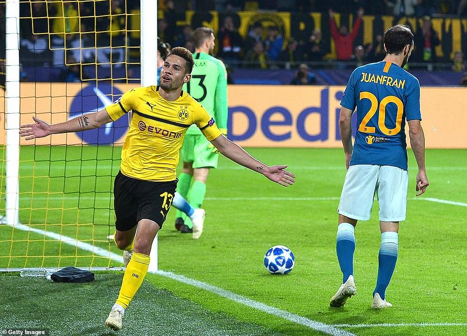 Soi kèo Hertha Berlin vs Dortmund
