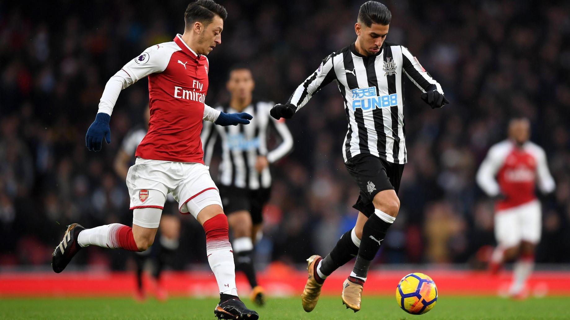 Soi kèo Newcastle vs Southampton
