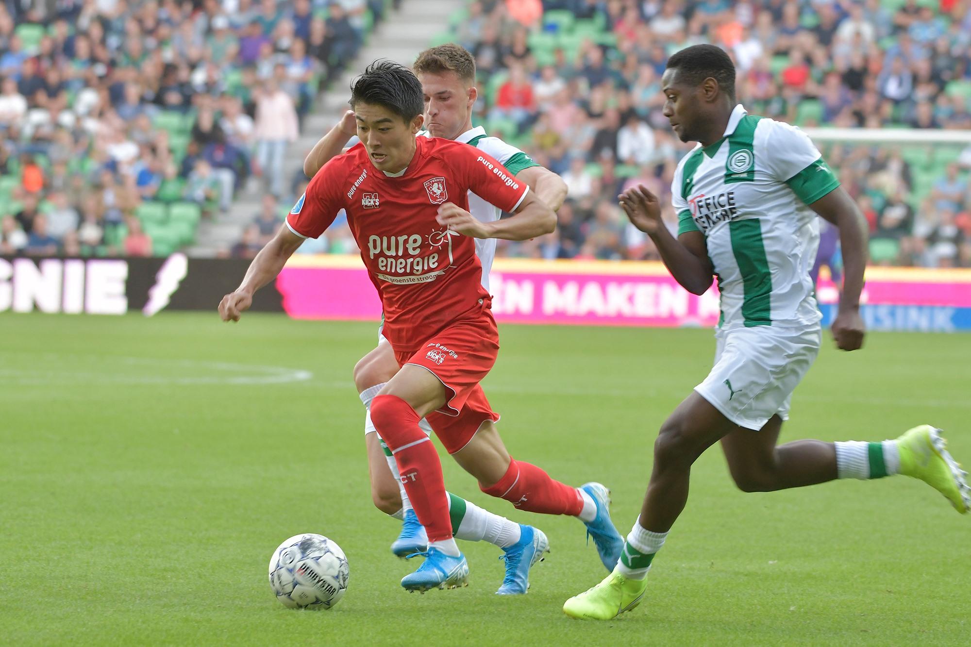 Soi kèo Zwolle vs Utrecht