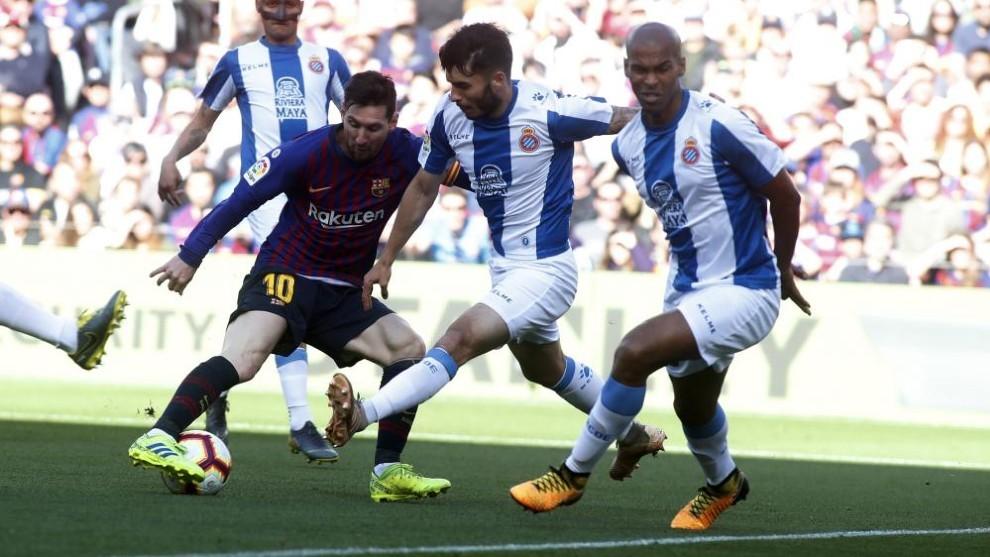 Soi kèo Betis vs Barcelona